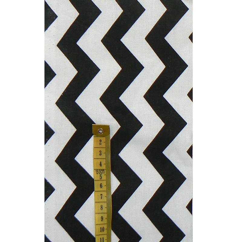 f0a387e8c00f Bavlněná látka 62x11cm černobílá cikcak na patchwork (D46)